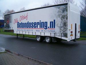 Betondosering vrachtwagenzeil